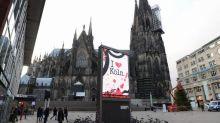 Germania, abusi e furti di massa a Capodanno: cos'è successo, le reazioni