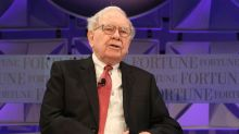 Buffett's $100 Billion Bet on Financial Stocks Even As Economy Lags