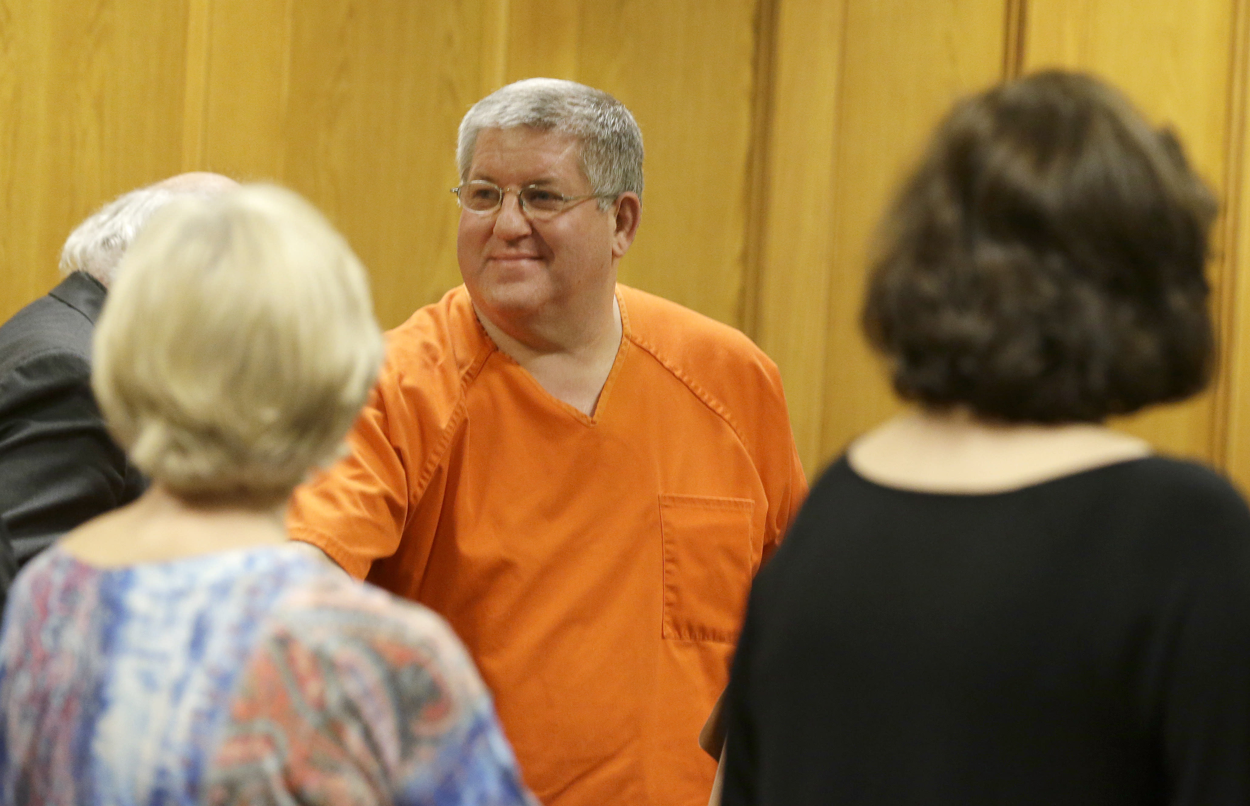 Ex Texas mortician freed from prison early