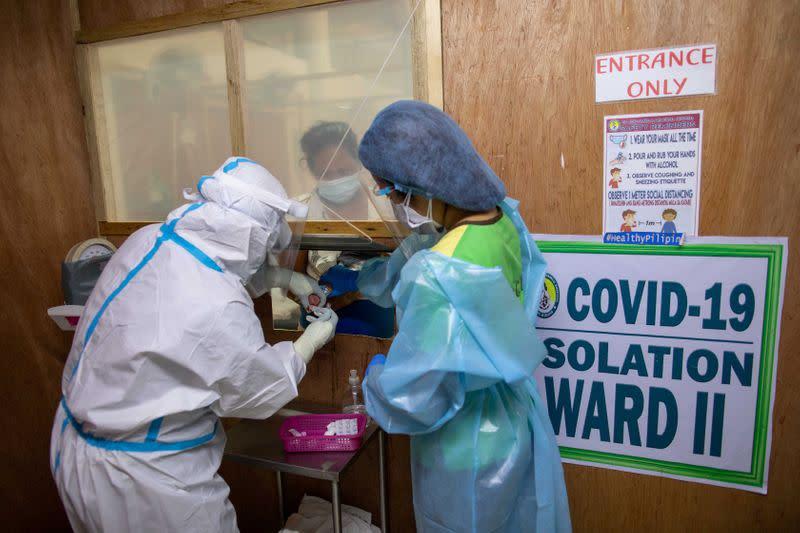 Mothers, newborns cram inside Philippines busiest maternity ward amid COVID-19 outbreak