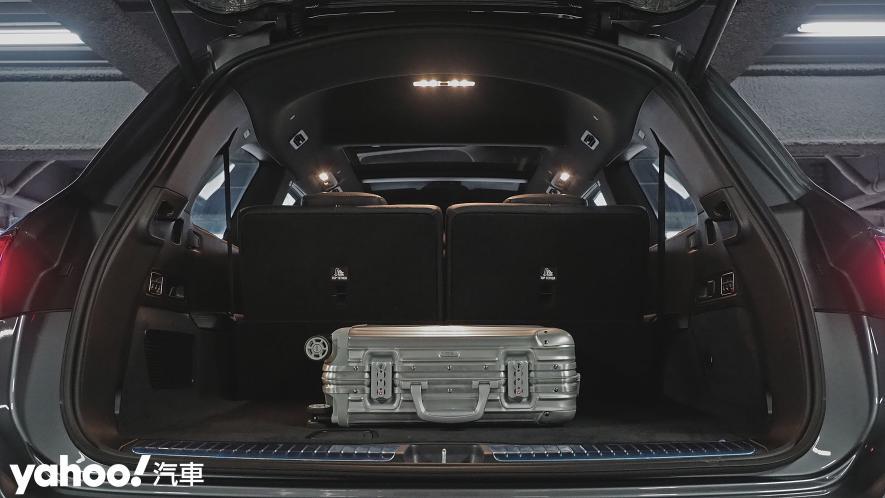 大而得當!2021 Mercedes-Benz GLS 450 4MATIC雨季試駕 - 9