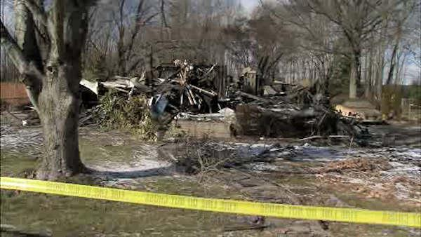 NJ home burns down after hydrant fails