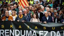 Multitudinaria manifestación en San Sebastián contra la sentencia del procés