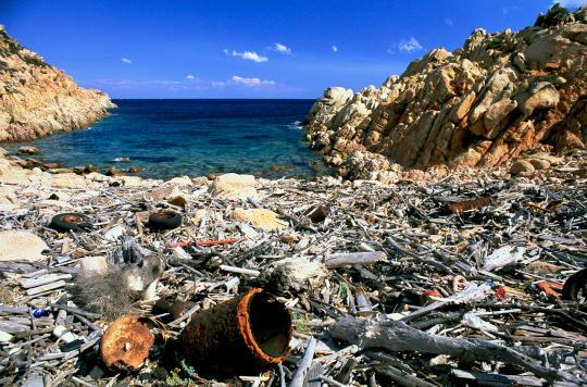Beautiful Vacation Destinations Overtaken By Trash