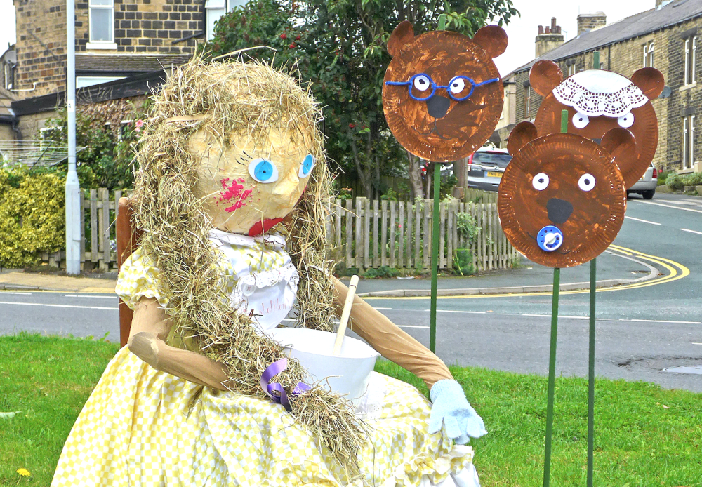 Goldilocks and the Three Bears as seen on the Baildon Scarecrow Walk. (Flickr / Tim Green)