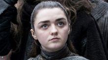Arya Stark sorprende a los fans de Juego de Tronos con un momentazo del segundo episodio
