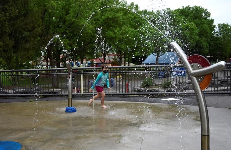 Let Them Splash Ontario Reverses Course Allows Splash Pads To Open This Weekend