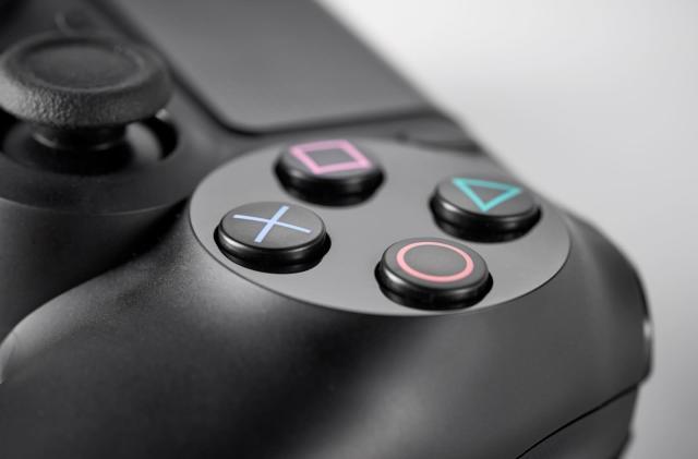 Valve is testing DualShock 4 support in Steam's beta channel