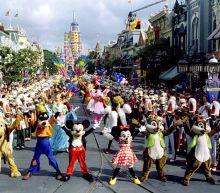 Verizon CEO on 12 months of free Disney+