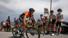 Landa toma la salida de la segunda etapa del Tour con alguna molestia