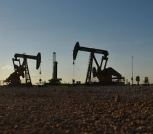 Oil hits highest since November as U.S. tightens Iran sanctions