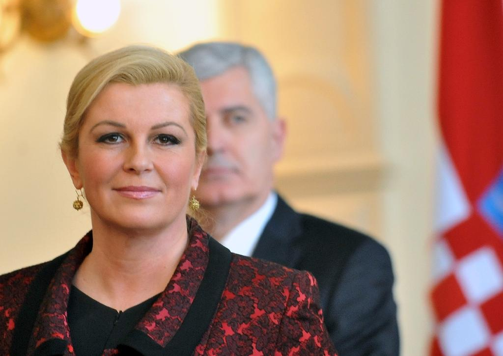 Croatian President, Kolinda Grabar Kitarovic (L) gives a press conference after meeting in Sarajevo on March 3, 2015