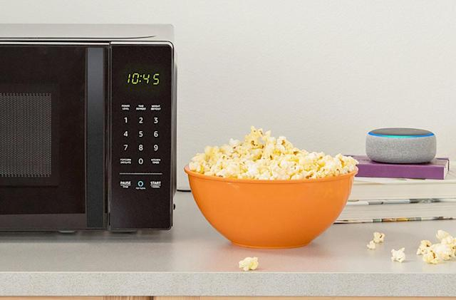 The AmazonBasics Microwave is powered by Alexa