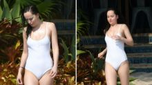 Dakota Johnson luce cuerpazo en las playas de Miami con un sexy bañador blanco