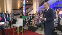 Howard Schultz's 'empty chair' idea reminds Twitter of Clint Eastwood's RNC speech