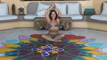 Alejandra Guzmán recibe crueles comentarios tras posar en este bikini