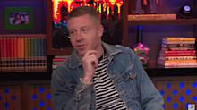 TMI! Macklemore uses naked Justin Bieber painting to 'control orgasms'