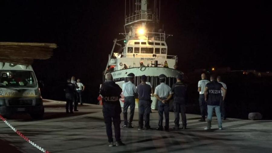 Open Arms, Guardia Costiera: gravi anomalie, fermo amministrativo
