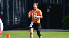 Tom Brady isn't good at faking humility