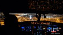 Amazing cockpit footage captures night landing in Dubai