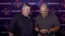 Opening 25-year-old baseball cards with Ivan 'Pudge' Rodriguez