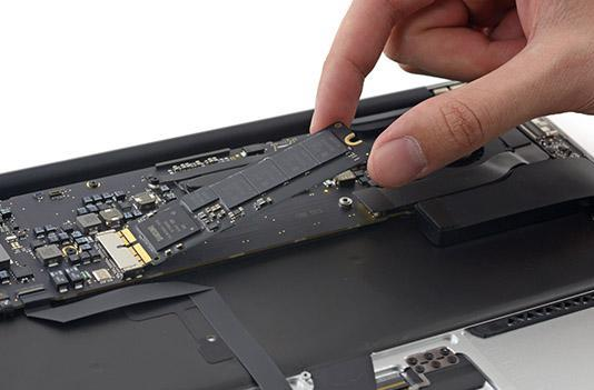 MacBook Air's superfast disk speeds come from Samsung SSDs