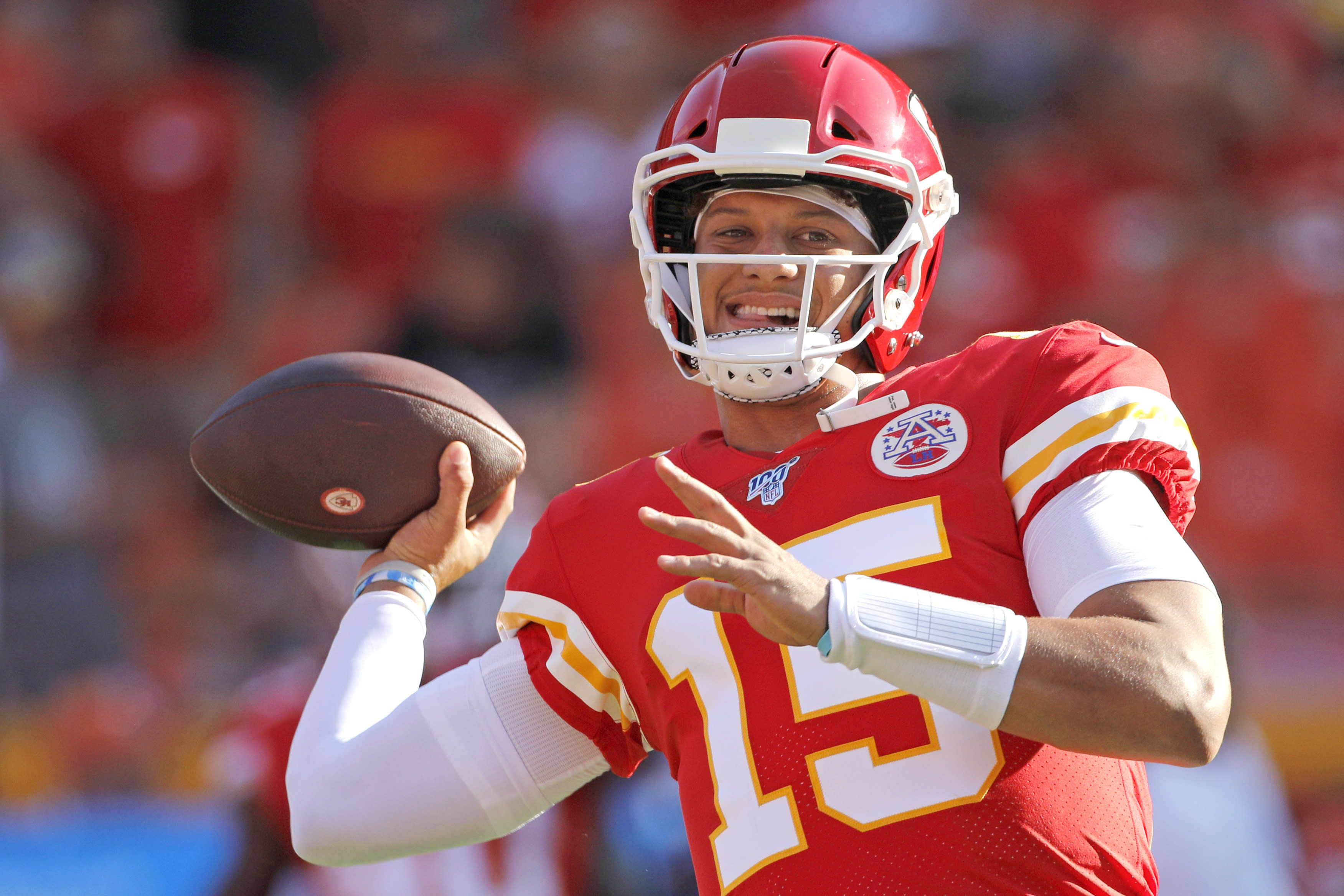 deb7797d Mahomes sharp as Chiefs rout Bengals in preseason opener