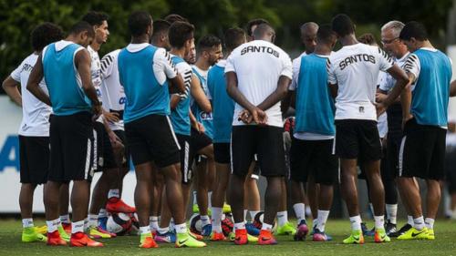 Com sete dias de preparação, Santos muda o foco para a Libertadores