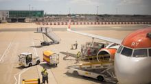 EasyJet Bolsters Liquidity by Raising $520 Million in Share Sale