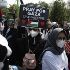 Indonesians protest at US Embassy over Israeli airstrikes