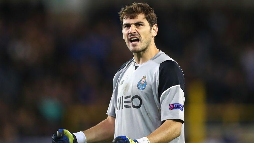 Casillas turns up heat on Barcelona ahead of Clasico