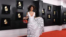 """""""Build The Wall"""": Joy Villa provoziert mit Grenzmauer-Kleid bei den Grammys"""