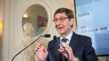 BCE avisa a la banca que seguirán con tipos bajos y pide vigilar la vivienda