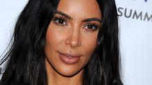 Sie lässt alle Hüllen fallen: Kim Kardashian nackt für die Kunst