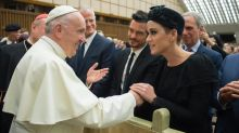 Katy Perry Meets Pope Francis With Her 'Darling' Orlando Bloom