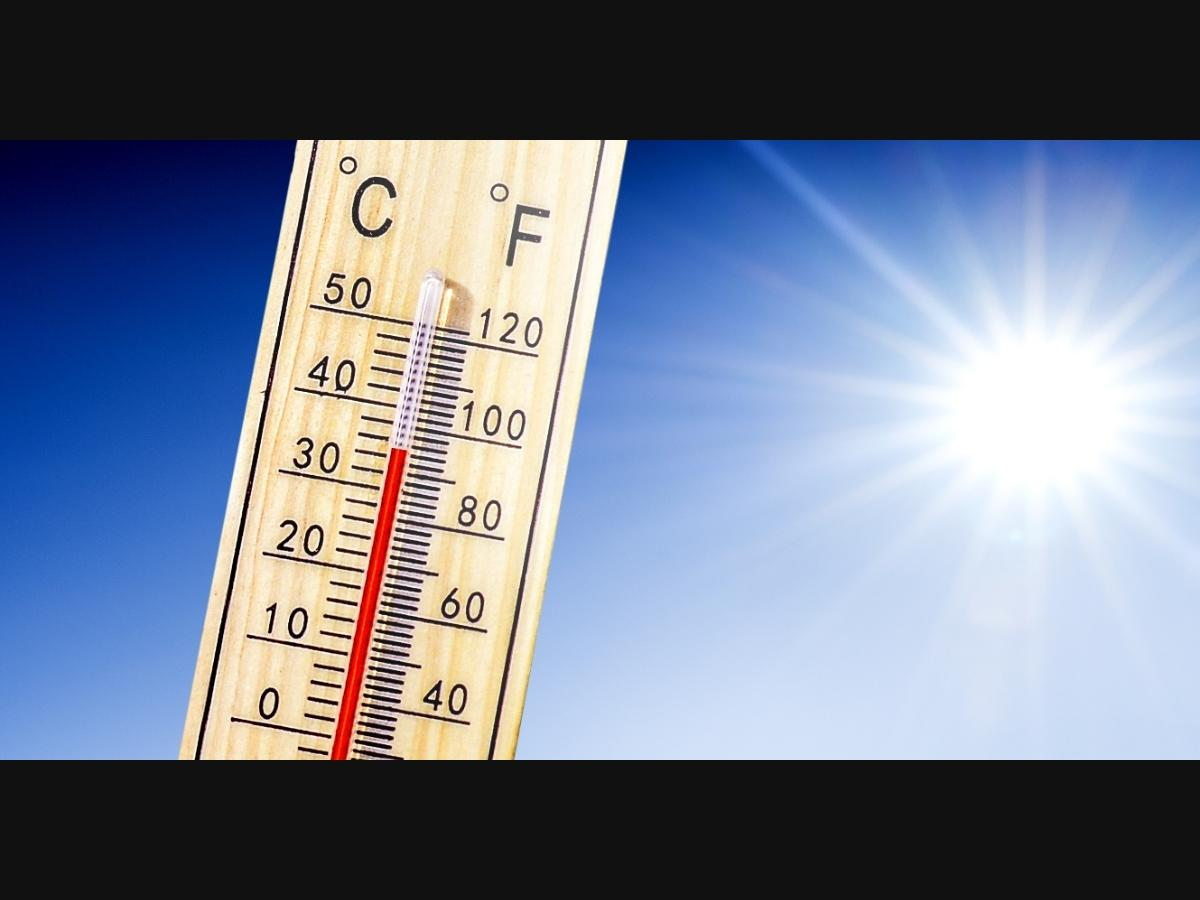 The National Weather Service issued a heat advisory that will be in effect in coastal areas and the western valleys until 5 p.m. Friday.