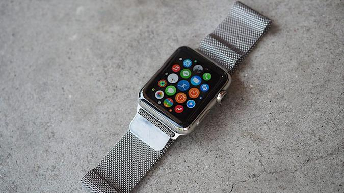 Apple mandates that new Watch apps 'must' work without an iPhone