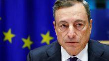 Draghi dice que el repunte de la inflación depende de los tipos bajos de mercado hasta mediados 2019