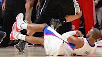 Clippers Point Guard Paul pushes through mid-game injury