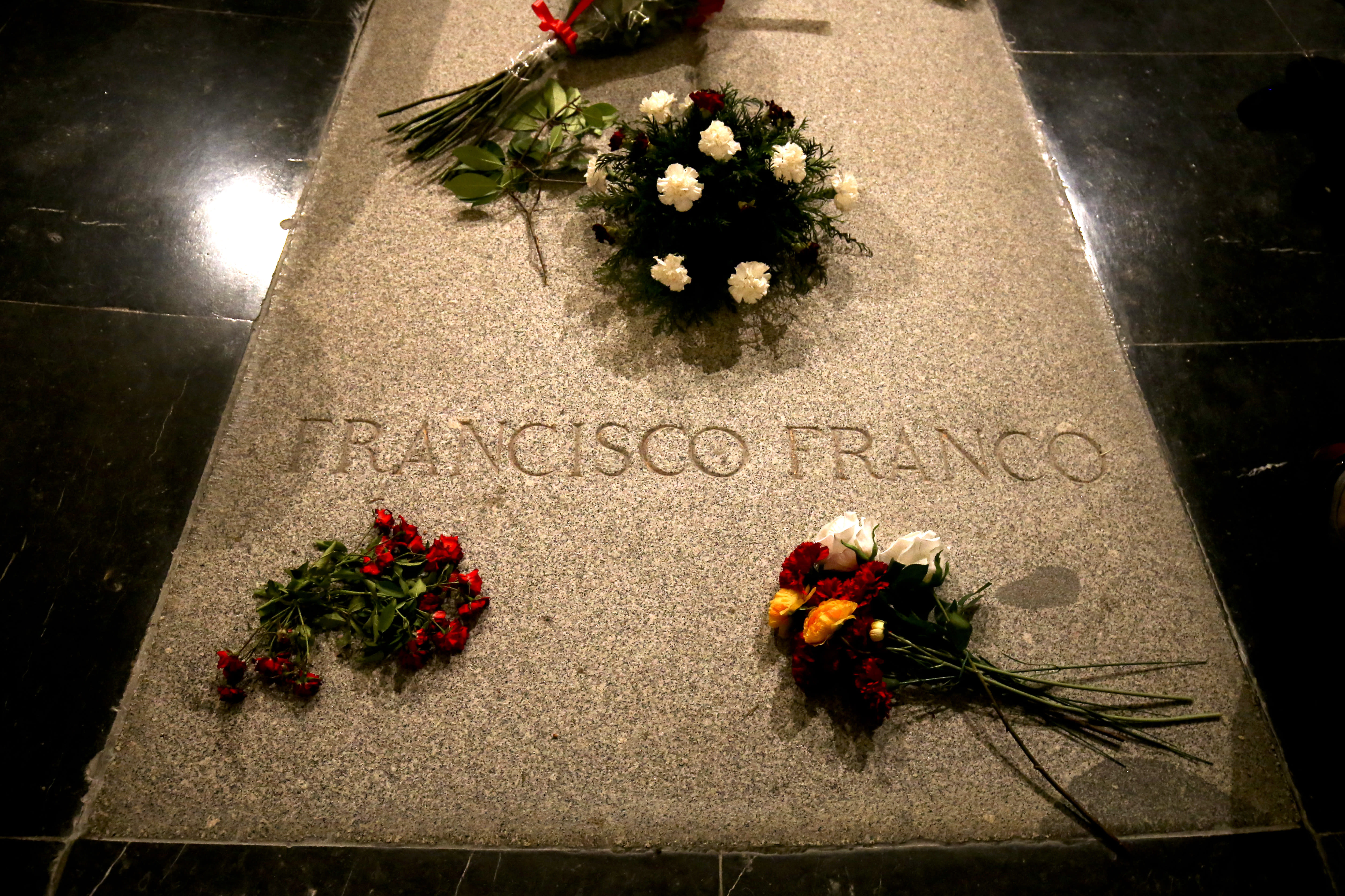Franco's family to take charge of Spanish dictator's remains