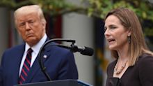 Trump nomme la conservatrice Amy Coney Barrett à la Cour suprême, Biden appelle le Sénat à s'y opposer