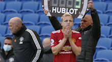 Donny van de Beek's advisor hits out at Ole Gunnar Solskjaer's use of new Manchester United midfielder