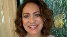 """Eliane Giardini faz participação em """"Amor de Mãe"""" com cenas gravadas de casa"""