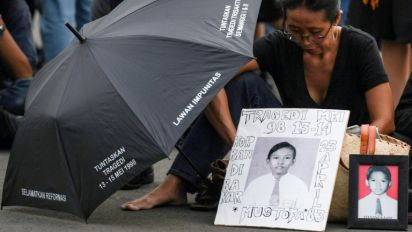 Indonesian parents wait for justice 20 years after Suharto's fall