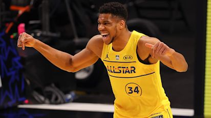 Giannis, Dame lead Team LeBron to win in ASG