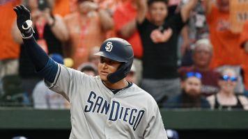 Happy return: Machado feels the love in Baltimore