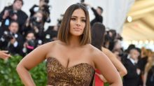 Ashley Graham's intense workout move looks 'so hard'
