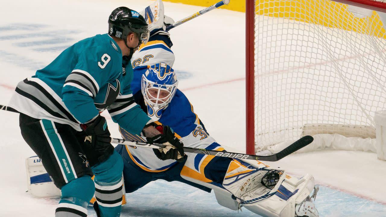 Evander Kane scores twice on three-year anniversary of Sharks debut