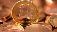 Euro sags as rates held steady
