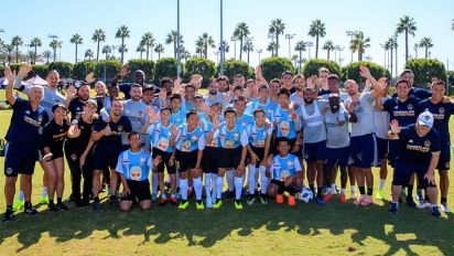 Galaxy's incredible gesture for Thai soccer team